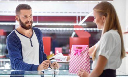 Como tornar sua loja de lingerie o lugar certo para a compra de presentes