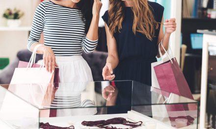 Veja como escolher os expositores e móveis para loja de moda íntima